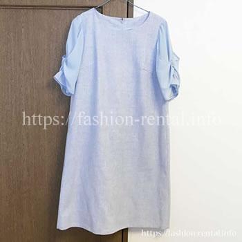 袖のデザインがポイントのワンピース。