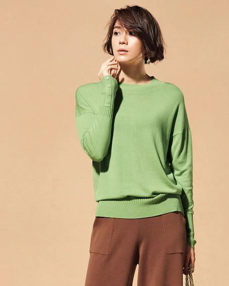 シルクフィール・ボタンデザインセーター